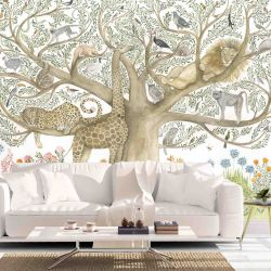 wildlife stories animal tree large insitu 2